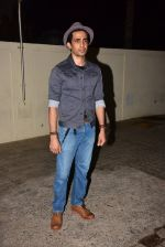 Gulshan Devaiya at the Special Screening Of Film Fukrey Returns on 7th Dec 2017 (11)_5a2a3c576ad4b.JPG