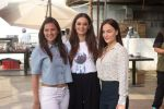 Rochelle Rao, Evelyn Sharma, Elli Avram at Seams For Dreams Christmas Garage on 7th Dec 2017 (134)_5a2a2a162f356.JPG