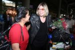 Mia Michaels Spotted At Airport on 8th Dec 2017 (22)_5a2be4ca14981.JPG