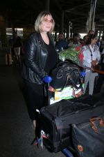 Mia Michaels Spotted At Airport on 8th Dec 2017 (26)_5a2be4cd44d32.JPG