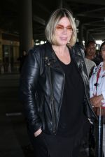 Mia Michaels Spotted At Airport on 8th Dec 2017 (33)_5a2be4d9941f5.JPG
