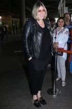 Mia Michaels Spotted At Airport on 8th Dec 2017 (36)_5a2be4dd32a70.JPG