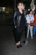 Mia Michaels Spotted At Airport on 8th Dec 2017 (40)_5a2be4e00f98c.JPG