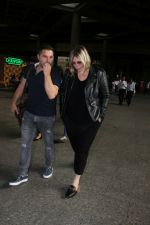Mia Michaels Spotted At Airport on 8th Dec 2017 (45)_5a2be4e913167.JPG