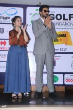 Abhishek Bachchan, Zaira Wasim Attends The 5th Edition Of Pro-Am Championship on 10th Dec 2017 (7)_5a2e10aed08b1.JPG