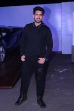 Armaan Malik at the Red Carpet Of The Screening Of Amazon Original The Grand Tour Hosted By Anil Kapoor on 10th Dec 2017 (93)_5a2dfec312e9e.JPG