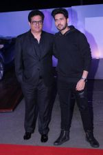 Armaan Malik, Daboo Malik at the Red Carpet Of The Screening Of Amazon Original The Grand Tour Hosted By Anil Kapoor on 10th Dec 2017 (89)_5a2dfecf5cf8d.JPG