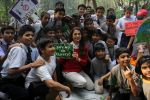 Juhi Chawla Support Plastic free Cuffe Parade Campaign on 10th Dec 2017 (25)_5a2e05c8661f4.JPG