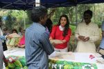 Juhi Chawla Support Plastic free Cuffe Parade Campaign on 10th Dec 2017 (41)_5a2e05d0e3db7.JPG