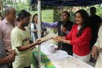 Juhi Chawla Support Plastic free Cuffe Parade Campaign on 10th Dec 2017 (42)_5a2e05d1a7005.JPG