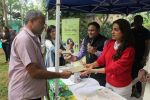 Juhi Chawla Support Plastic free Cuffe Parade Campaign on 10th Dec 2017 (43)_5a2e05d24e255.JPG