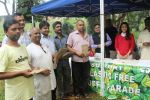 Juhi Chawla Support Plastic free Cuffe Parade Campaign on 10th Dec 2017 (45)_5a2e05d39317f.JPG