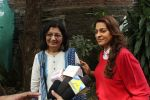 Juhi Chawla Support Plastic free Cuffe Parade Campaign on 10th Dec 2017 (56)_5a2e05da713fa.JPG