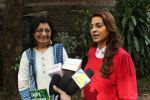 Juhi Chawla Support Plastic free Cuffe Parade Campaign on 10th Dec 2017 (57)_5a2e05db13206.JPG