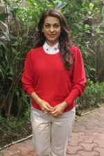Juhi Chawla Support Plastic free Cuffe Parade Campaign on 10th Dec 2017 (60)_5a2e05dd1d6f1.JPG