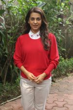 Juhi Chawla Support Plastic free Cuffe Parade Campaign on 10th Dec 2017 (61)_5a2e05ddb7402.JPG