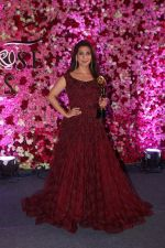 Juhi Chawla at the Red Carpet Of Lux Golden Rose Awards 2017 on 10th Dec 2017 (82)_5a2e0dc860ce0.JPG