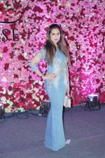 Lucky Morani at the Red Carpet Of Lux Golden Rose Awards 2017 on 10th Dec 2017 (77)_5a2e0ec676f1f.JPG