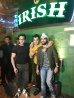 Pulkit Samrat, Manjot Singh, Varun Sharma at the Success Celebration Of Fukrey Returnson 10th Dec 2017 (19)_5a2e36af5f223.jpg
