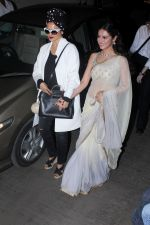 Rekha, Divya Khosla Kumar at the Special Screening Of Short Film Bulbul on 11th Dec 2017 (52)_5a2f6c235121a.JPG