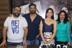 Sana Khan, Suniel Shetty at the Unveiling Of Stardust Dhamakedaar Naaz Women Achievers Of India Awarsa Issue on 11th Dec 2017 (98)_5a2f5ca3bc8e5.JPG