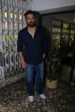 Suniel Shetty at the Unveiling Of Stardust Dhamakedaar Naaz Women Achievers Of India Awarsa Issue on 11th Dec 2017 (106)_5a2f5ca83633d.JPG