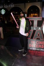 Karan Grover at the Red Carpet Premiere Of 2017_s Most Awaited Hollywood Film Disney Star War on 13th Dec 2017 (16)_5a3241d4cfa03.jpg