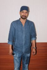 Deepak Dobriyal at the Screening Of Short Film Kachche Din on 15th Dec 2017 (4)_5a3513ea47a34.JPG