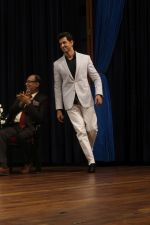 Hrithik Roshan At 43rd Giants International Convention 2017 on 16th Dec 2017 (24)_5a352cb3500cc.JPG