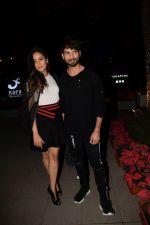 Shahid Kapoor, Mira Rajput spotted at Yauatcha Mumbai on 15th Dec 2017 (9)_5a3528ead1bac.JPG