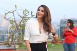 Shama Sikander at Pre Christmas Special Interview on 15th Dec 2017 (23)_5a351482b39f3.JPG