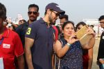 Dino Morea At Pet Fed Festival on 17th Dec 2017 (19)_5a37687a02105.JPG