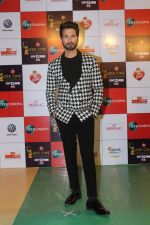 Shahid Kapoor at the Red Carpet Event Of Zee Cine Awards 2018 on 19th Dec 2017 (277)_5a3a0e67e923f.JPG
