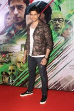 Sidharth Malhotra at the Trailer Launch of Film Aiyaary on 19th Dec 2017 (2)_5a3a014b078e3.JPG