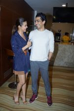 Surveen Chawla, Gulshan Devaiya at the Screening Of Hindi Short Flim Chhuri on 19th Dec 2017 (81)_5a3a1b0d329a5.JPG