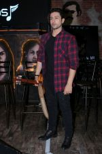 Adhyayan Suman At The Launch Of Singing Debut Saareyan Nu Chaddeya on 21st Dec 2017 (54)_5a3e57a3ab980.JPG