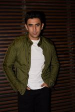 Amit Sadh at the Party of Akshay Kumar_s film Gold in Estela, juhu on 21st Dec 2017 (16)_5a3e62e1e4b98.JPG