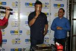 Anu Malik at the Launch Of 90_s Show in Big FM on 22nd Dec 2017 (89)_5a3e77c4a278e.JPG