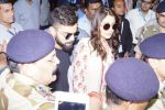 Anushka Sharma And Virat Kohli Spotted At Airport on 22nd Dec 2017 (34)_5a3e74a21443c.JPG