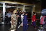 Anushka Sharma And Virat Kohli Spotted At Airport on 22nd Dec 2017 (7)_5a3e754f7928b.JPG