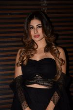 Mouni Roy at the Party of Akshay Kumar_s film Gold in Estela, juhu on 21st Dec 2017 (11)_5a3e63f37217d.JPG