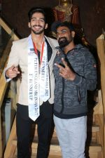 Remo D Souza felicitated Mr India 2nd Runner Up Pavan Rao on 22nd Dec 2017 (11)_5a3e77a95a0b9.JPG