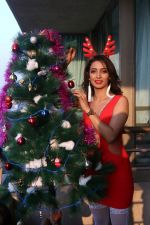 Heena Panchal at Christmas Photoshoot on 22nd Dec 2017 (64)_5a3f7aeddf34a.JPG