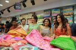 Catherine Tresa, Mehareen, Shalini Pandey launch KLM Fashion Mall at Vizag on 25th Dec 2017 (100)_5a41e185399e0.jpg