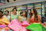 Catherine Tresa, Mehareen, Shalini Pandey launch KLM Fashion Mall at Vizag on 25th Dec 2017 (110)_5a41e18c94a98.jpg