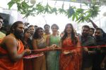 Catherine Tresa, Mehareen, Shalini Pandey launch KLM Fashion Mall at Vizag on 25th Dec 2017 (116)_5a41e1dc92070.jpg