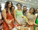 Catherine Tresa, Mehareen, Shalini Pandey launch KLM Fashion Mall at Vizag on 25th Dec 2017 (81)_5a41e17e335ba.jpg