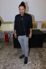 Kailash Kher at the Trailer Launch Of Film TILLI on 24th Dec 2017 (6)_5a41e94f7f583.JPG