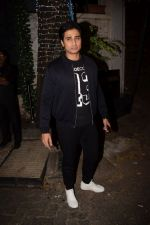 Shiv Pandit at Richa Chadda_s party in Korner house on 23rd Dec 2017 (19)_5a41d32e6c42e.JPG