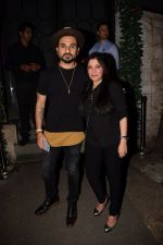 Vir Das at Richa Chadda_s party in Korner house on 23rd Dec 2017 (2)_5a41d392aa3c8.JPG